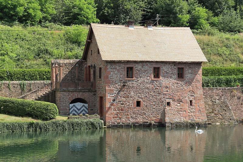 Schloss-Mespelbrunn-13.jpg