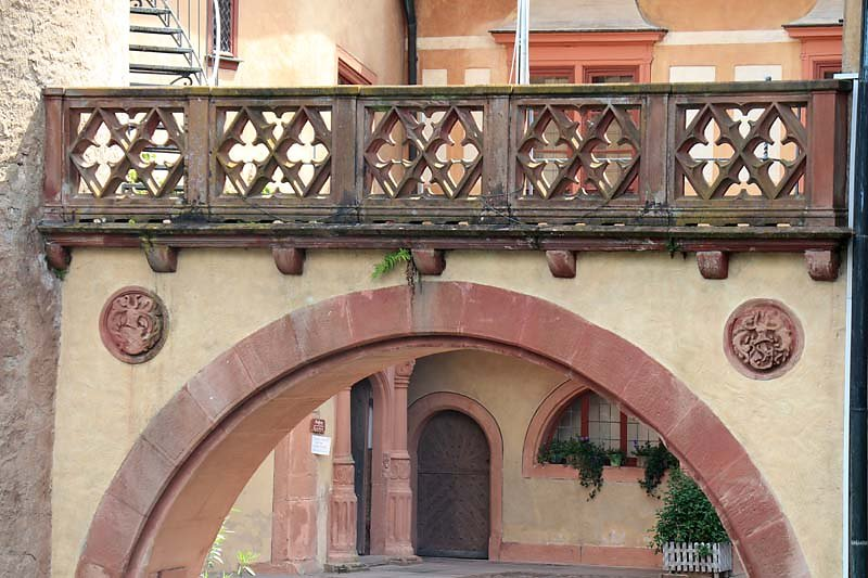Schloss-Mespelbrunn-21.jpg