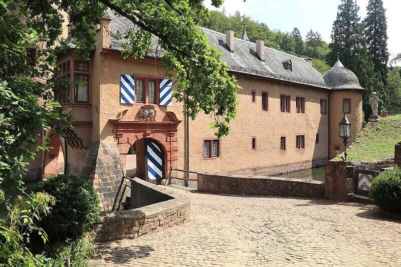 Schloss-Mespelbrunn-27.jpg