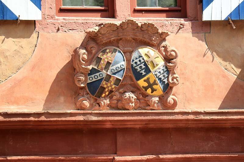 Schloss-Mespelbrunn-30.jpg