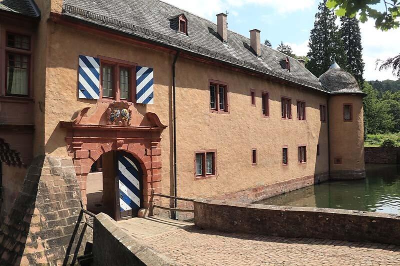 Schloss-Mespelbrunn-31.jpg