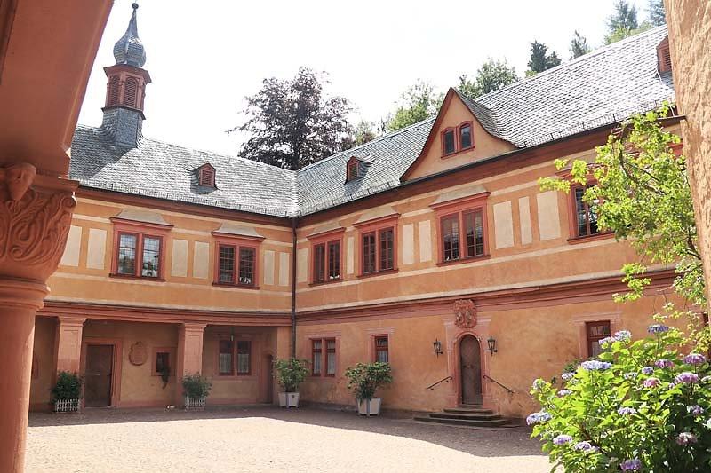 Schloss-Mespelbrunn-120.jpg