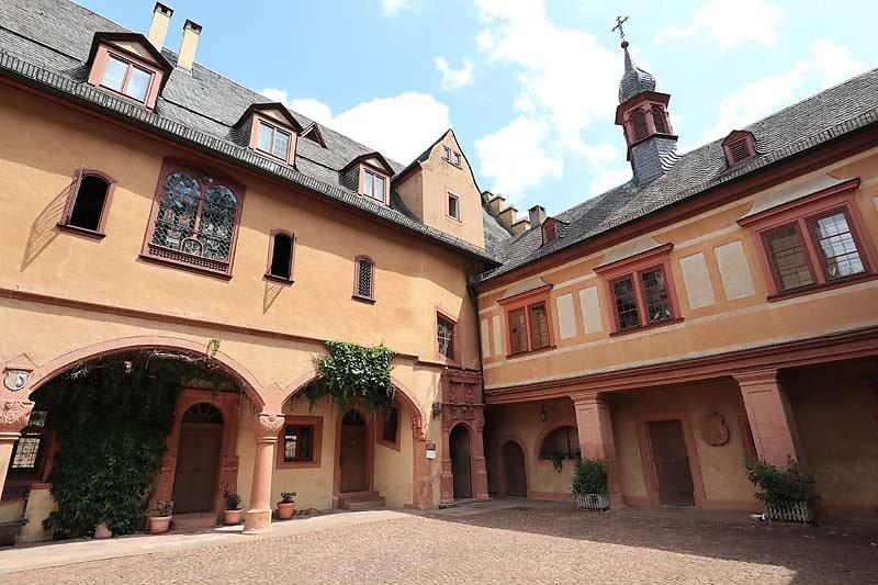 Schloss-Mespelbrunn-125.jpg