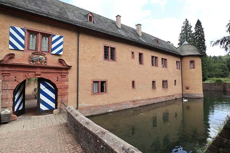 Schloss-Mespelbrunn-128.jpg