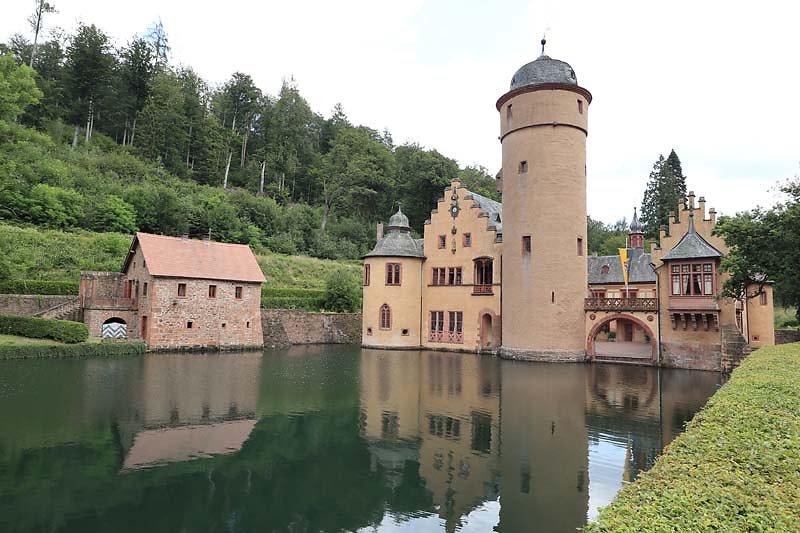 Schloss-Mespelbrunn-131.jpg