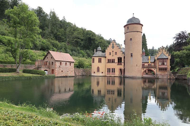 Schloss-Mespelbrunn-132.jpg
