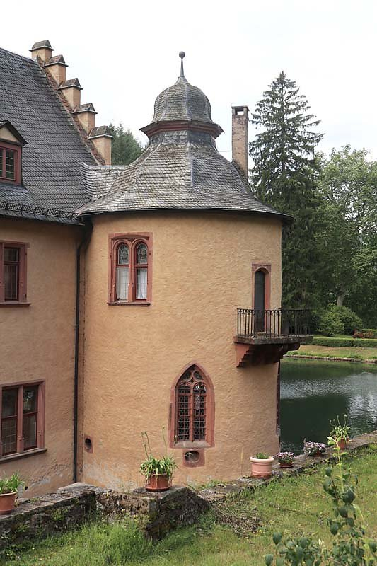 Schloss-Mespelbrunn-155.jpg