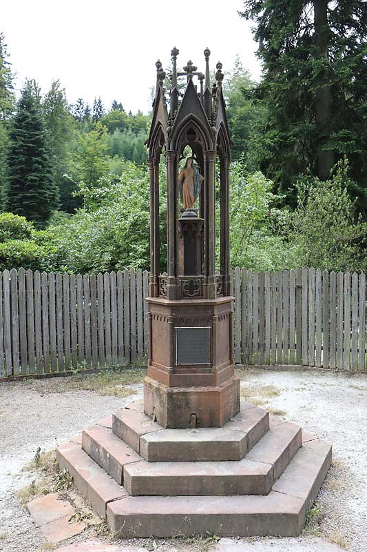 Schloss-Mespelbrunn-159.jpg