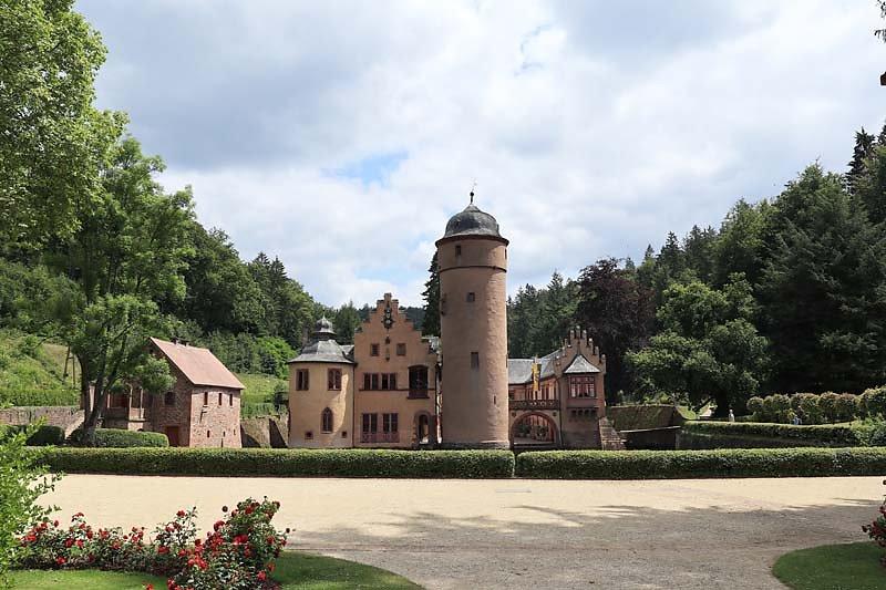 Schloss-Mespelbrunn-161.jpg