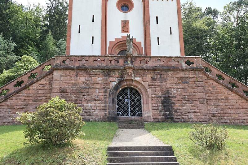 Schloss-Mespelbrunn-165.jpg