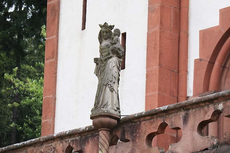 Schloss-Mespelbrunn-167.jpg