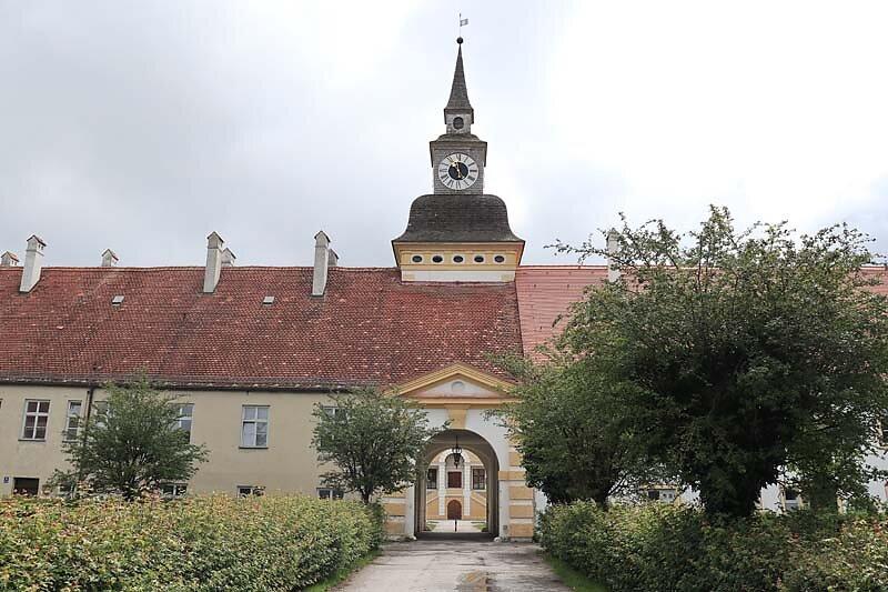 Schloss-Schleissheim-2.jpg