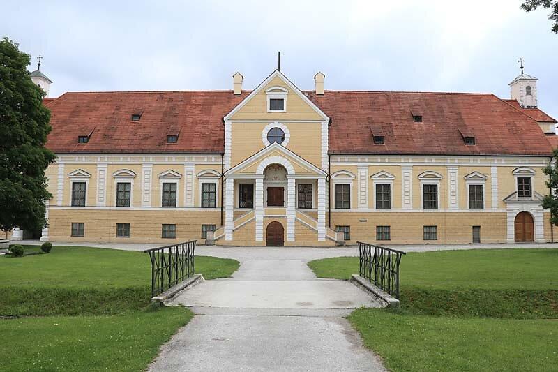 Schloss-Schleissheim-3.jpg