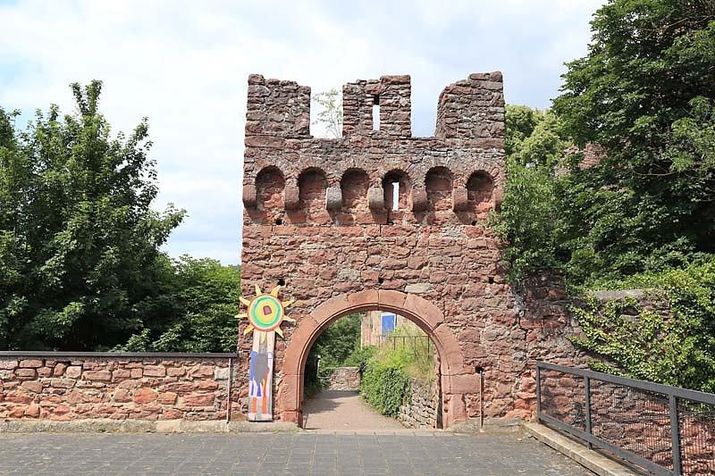 Burgruine-Clingenburg-4.jpg