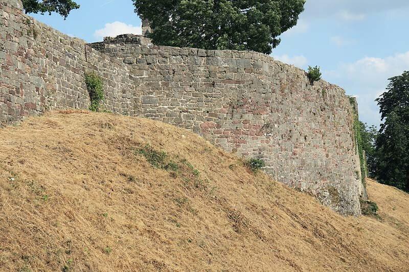 Burgruine-Botenlauben-4.jpg