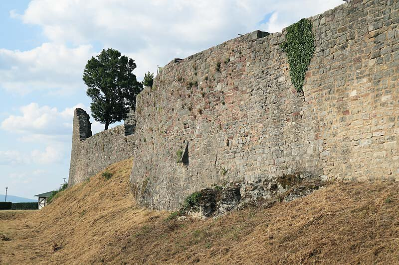 Burgruine-Botenlauben-8.jpg