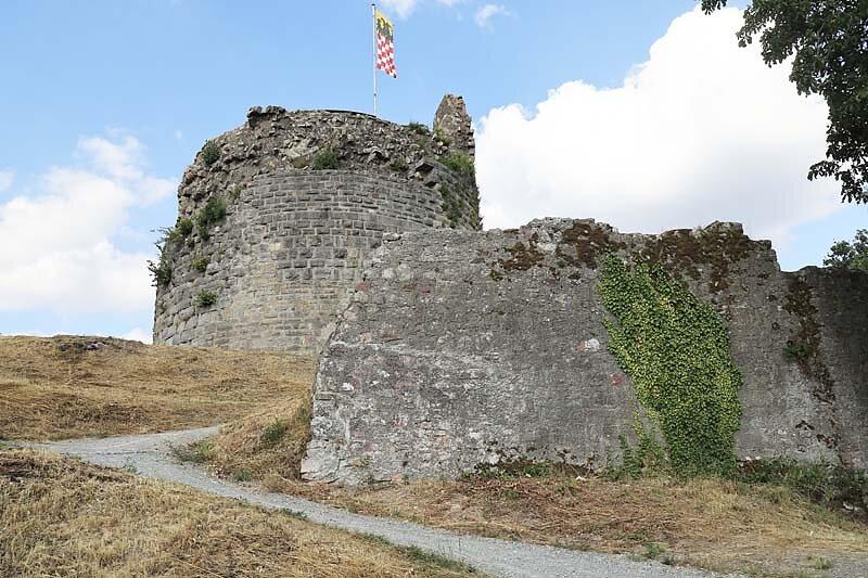 Burgruine-Botenlauben-11.jpg