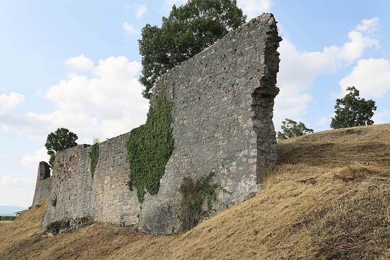 Burgruine-Botenlauben-12.jpg