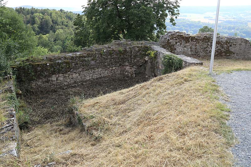 Burgruine-Botenlauben-16.jpg