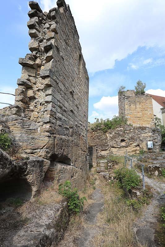 Burgruine-Lichtenstein-15.jpg