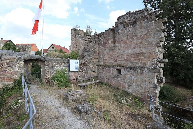 Burgruine-Lichtenstein-51.jpg