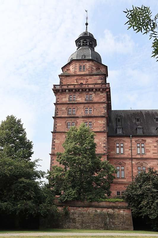 Schloss-Johannisburg-9.jpg