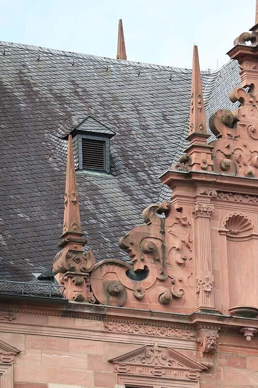 Schloss-Johannisburg-11.jpg