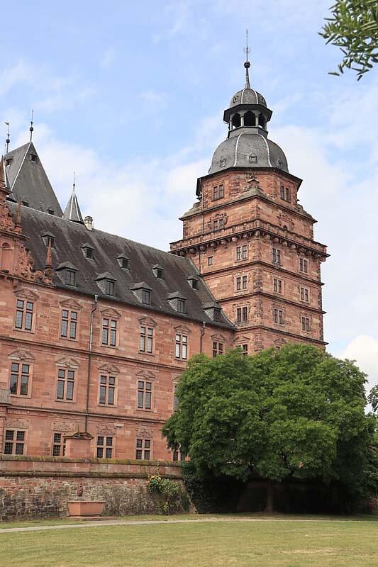 Schloss-Johannisburg-14.jpg