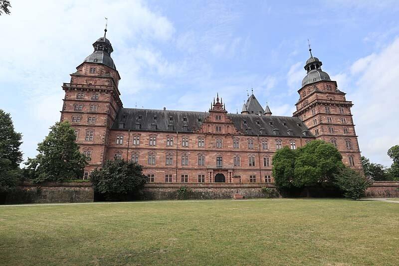 Schloss-Johannisburg-16.jpg