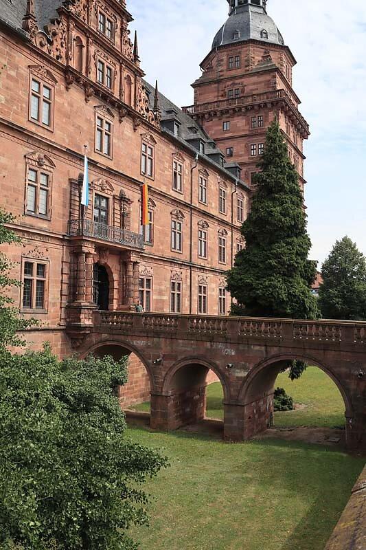 Schloss-Johannisburg-38.jpg