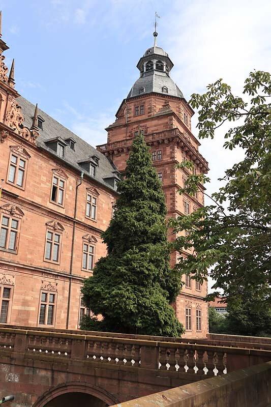 Schloss-Johannisburg-45.jpg