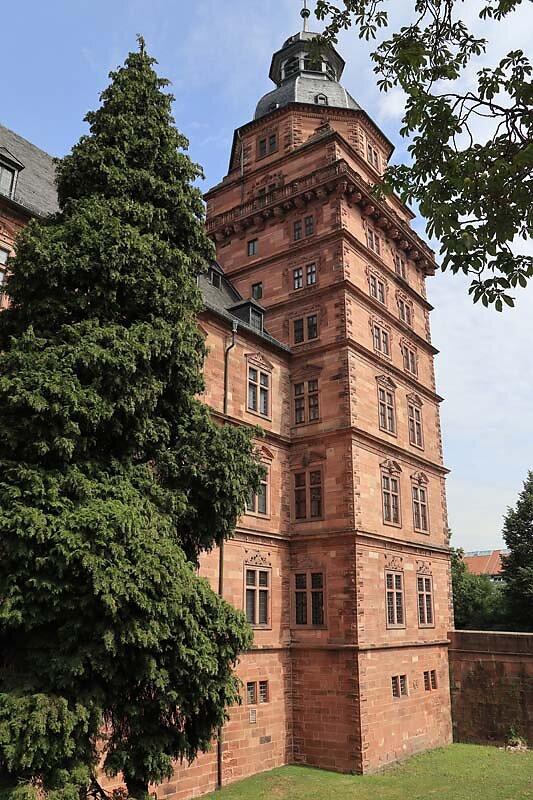 Schloss-Johannisburg-47.jpg