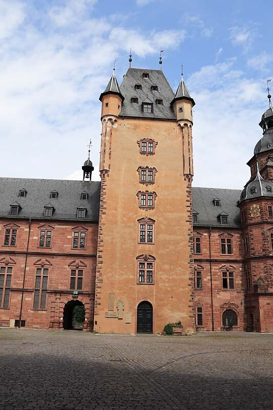 Schloss-Johannisburg-65.jpg