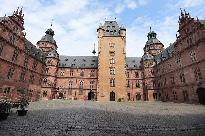 Schloss-Johannisburg-69.jpg