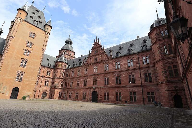 Schloss-Johannisburg-70.jpg