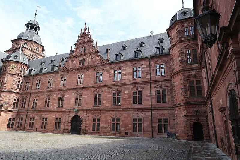 Schloss-Johannisburg-71.jpg