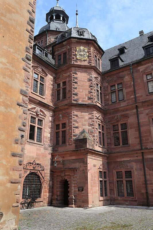 Schloss-Johannisburg-101.jpg