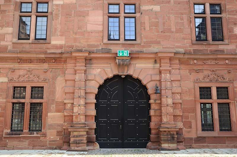 Schloss-Johannisburg-102.jpg