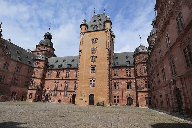 Schloss-Johannisburg-110.jpg