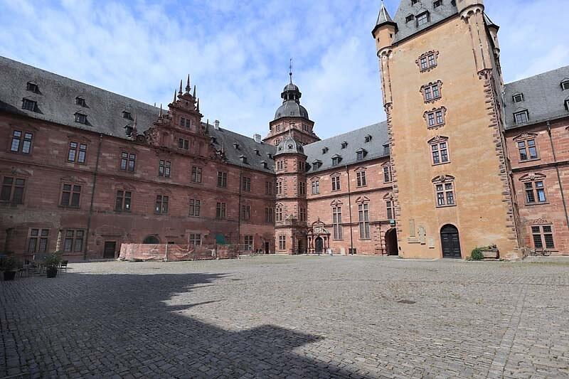 Schloss-Johannisburg-111.jpg
