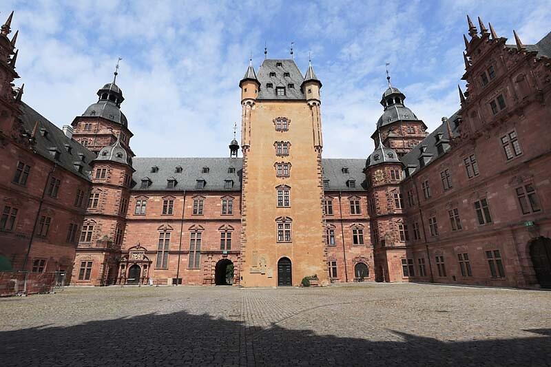 Schloss-Johannisburg-113.jpg