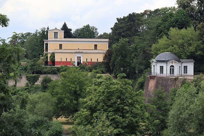 Schloss-Johannisburg-199.jpg