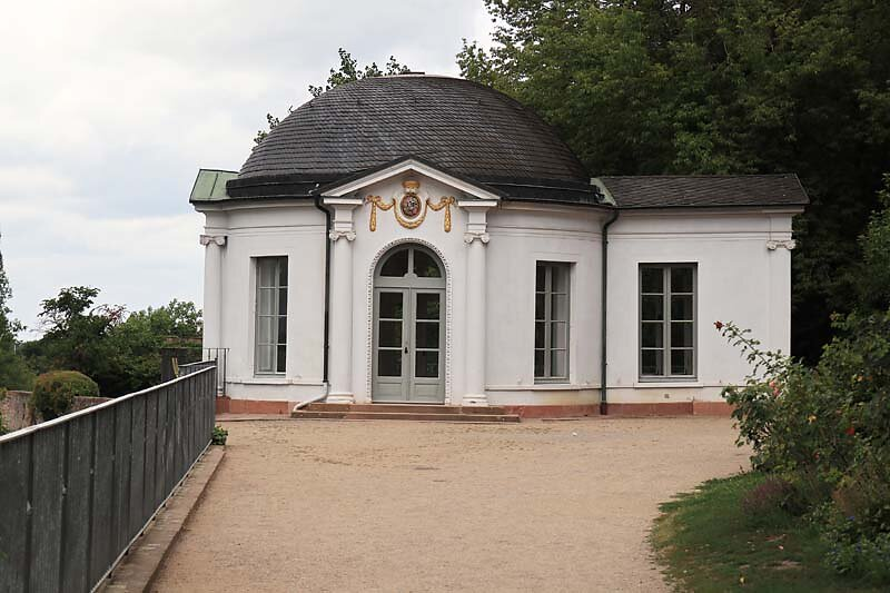 Schloss-Johannisburg-200.jpg