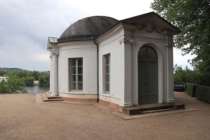 Schloss-Johannisburg-202.jpg