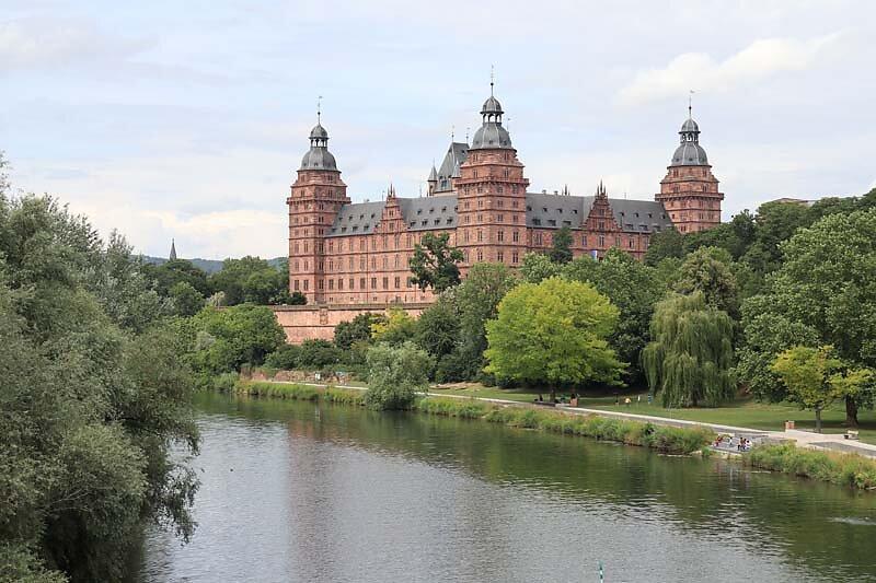 Schloss-Johannisburg-329.jpg