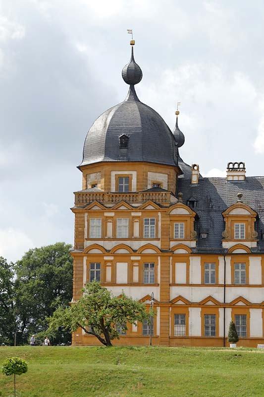 Schloss-Seehof-5.jpg