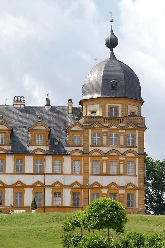 Schloss-Seehof-6.jpg