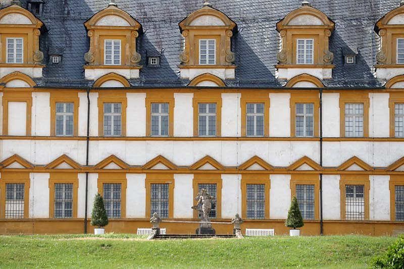 Schloss-Seehof-7.jpg