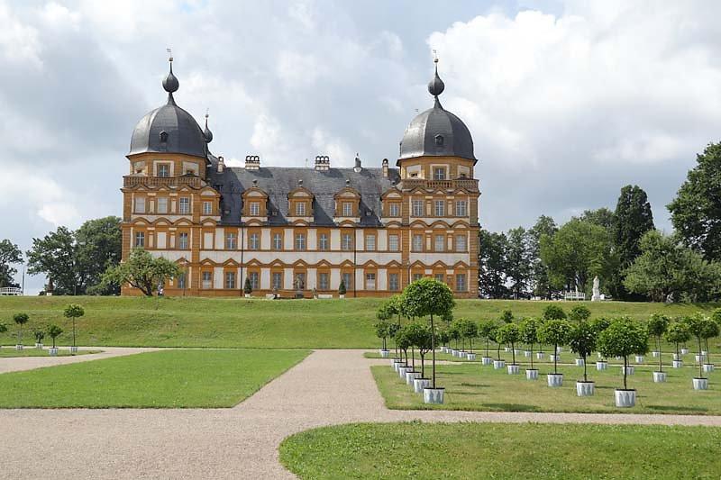Schloss-Seehof-8.jpg