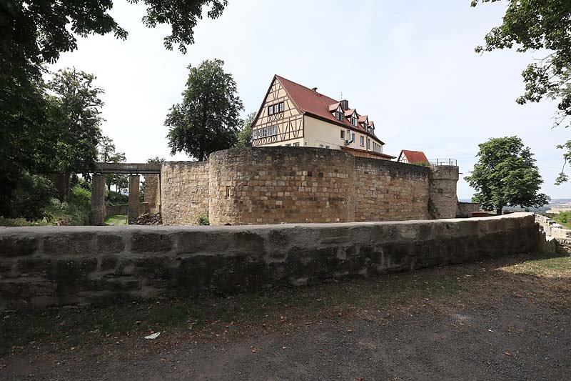 Burgruine-Koenigsberg-2.jpg